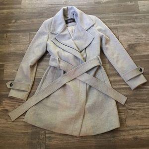 Badgley Mischka size small coat